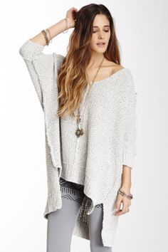 """Chunky Pullover Sweater by Free People $108 - $49 @HauteLook. - 3/4 length dolman sleeves with rib knit cuffs - Front seam detail - Hi-lo hem - Loose fit - Chunky knit construction Model's stats: - Height: 5'8"""" - Bust: 32B - Waist: 24"""" - Hips: 34"""" Model is wearing size S. Hand wash. 82% cotton, 13% acrylic, 5% rayon."""