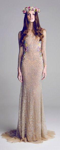 Divas bajo la luna - Una colección especial de vestidos de noche | Vestidos | Moda 2013 - 2014