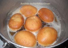 Gogosi turnate, cu iaurt - Bunătăți din bucătăria Gicuței Pretzel Bites, Bacon, Bread, Food, Cook, Meal, Brot, Eten, Breads