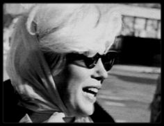 Marilyn Monroe - Returns Back To Los Angeles From Mexico 1962 Marilyn Monroe 1962, Marilyn Monroe Photos, Joe Dimaggio, Monroe Sweet, Star Wars, Old Hollywood Movies, Norma Jeane, Vintage Glamour, Rare Photos
