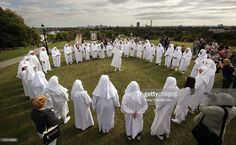 Druids celebrate the Autumn equinox on Primrose Hill on September 2009 in London, England. The ceremony is one of three events staged by the order with the Spring Equinox ceremony at Tower Hill and the Summer Solstice held at Stonehenge. Citizens United, National Geographic Channel, Autumnal Equinox, Spiritual Enlightenment, Summer Solstice, How To Wake Up Early, Pet Names, Illuminati, First Time