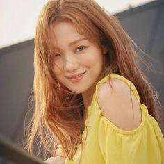 Lee Sung Kyung Makeup, Lee Sung Kyung Photoshoot, Lee Sung Kyung Fashion, Nam Joo Hyuk Lee Sung Kyung, Lee Sung Kyung Style, Korean Actresses, Korean Actors, Actors & Actresses, Girl Actors