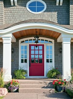Trendy Home Exterior Bungalow Red Doors Ideas Sofas For Small Spaces, Small Living Rooms, Living Room Designs, Home Organization Wall, Grey Houses, Exterior House Colors, Trendy Home, Bungalow, New Homes