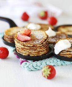 Rahkaletut eli syrnikit – nappaa resepti!   Meillä kotona Panna Cotta, Pancakes, Cheesecake, Deserts, Goodies, Food And Drink, Baking, Breakfast, Ethnic Recipes