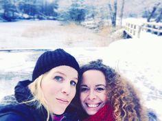 Beaucoup de gens entrent et sortent de ta vie mais seuls les vrais amis y laissent leur empreinte #friend #friends #friendsforever #instalove #amigos #amigo #nature #mothernature #beauty #photooftheday #photo #pic #beautiful #amies #brussels #bruxelles #promenadematinale #hiver #neige