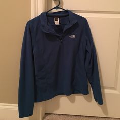 North Face pullover Blue The North Face pullover.  Women's medium North Face Jackets & Coats