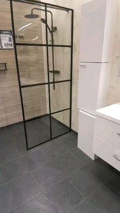 Black Bathroom Floor, Black Tile Bathrooms, Small Bathroom With Shower, Modern Bathroom Tile, Bathroom Design Luxury, Bathroom Floor Tiles, Bathroom Tile Designs, Small Luxury Bathrooms, Small Bathroom Plans
