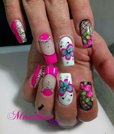 Uñas bonitas Pretty Nail Designs, Diy Nail Designs, Pretty Nail Colors, Pretty Nails, Long Nail Art, Short Nails Art, Get Nails, Hair And Nails, Fingernails Painted