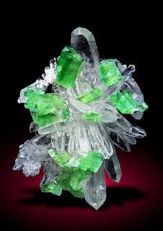 Quartz cluster with Augelite crystals --- Mundo Nuevo Mine, Sanchez Carrion, La Libertad, Peru