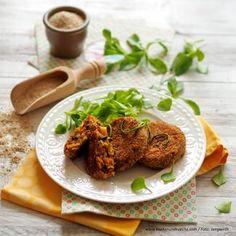 Zucchini-Erdmandel-Laibchen » Kochrezepte von Kochen & Küche Snacks, Vegan, Zucchini, Salmon Burgers, Chicken, Ethnic Recipes, Food, Gluten Free Recipes, Clean Foods