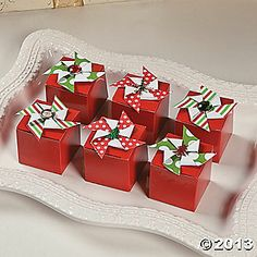 Pinwheel Favor Boxes