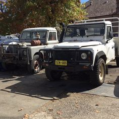 Land Rover 88 Serie III and Land Rover Defender 110 cabin - Old and less old.