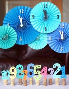 Table or window display, cute clocks and countdown