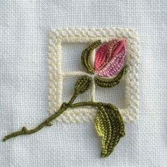 silk ribbon embroidery how to Types Of Embroidery, Embroidery Needles, Embroidery Patterns, Hardanger Embroidery, Silk Ribbon Embroidery, Hand Embroidery, Bordados E Cia, Drawn Thread, Cross Stitch Rose