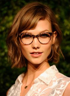 0374a2f4c2a7 12 Amazing Hairstyles for the Oblong Face Shape
