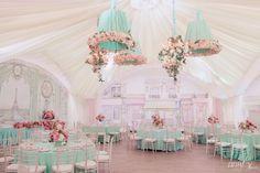 Лучшее свадебное агентство - студия стильных свадеб Для Двоих. свадьба в шатре, рисованные стены у шатра