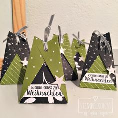 """A small packaging from the designer paper """"Frohes Fest""""- Eine kleine Verpackung aus dem Designerpapier """"Frohes Fest"""" - Christmas Crafts For Gifts, Christmas Gift Wrapping, Craft Gifts, Christmas Gifts, Christmas Decorations, Holiday, Envelope Punch Board, Origami Box, Stamping Up"""