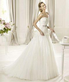 This dress is perfect <3  Pronovias Mi precioso vestido!!!!!!