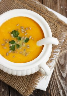Simply Perfect Roasted Butternut Squash Soup | www.seasonsandsuppers.ca | #soup #butternut #squash