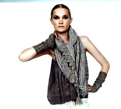 """Isager Camomille wrap, a take on traditional Danish """"hede-binde-sjal"""""""