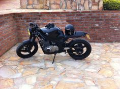 Definitely out here having fun times! Motorbikes are no longer only meant for men Gs 500 Cafe Racer, Cafe Racer Girl, Cafe Racer Build, Kawasaki Cafe Racer, Suzuki Cafe Racer, Retro Motorcycle, Cafe Racer Motorcycle, Bicycle Shop, Bicycle Art
