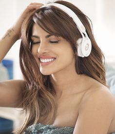 Priyanka Chopra can melt your hearts with her cute smile. For amazing pictures, click http://momoviez.com/