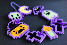 bead embroidery patterns on fabric Easy Perler Bead Patterns, Perler Bead Templates, Diy Perler Beads, Perler Bead Art, Pearler Beads, Fuse Beads, Beaded Jewelry Patterns, Beading Patterns, Bead Jewelry