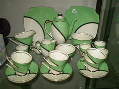 Royal Doulton Art Deco Deluxe part tea/coffee set
