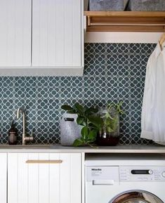 Petite Daisies Tile by Jatana Interiors Everyone loves Petite Daisies. Perfect for a laundry splash- Modern Interior, Interior Styling, Interior And Exterior, Interior Design, My Beautiful Laundrette, Laundry Room Colors, Laundry Rooms, Blue White Kitchens, Kitchen Wall Tiles