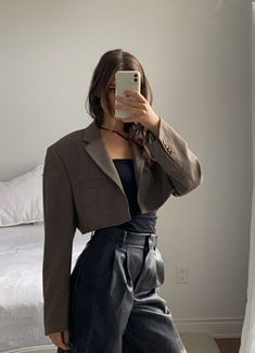 Suit Fashion, Look Fashion, Korean Fashion, Girl Fashion, Fashion Outfits, Retro Outfits, Cute Casual Outfits, Stylish Outfits, Fall Outfits