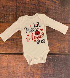 Toddler Valentine Shirts, Valentines Day Baby, Valentines Outfits, Valentines Day Shirts, Valentine Crafts, Diy Valentine's Shirts, Baby Girl Shirts, Baby Onesie, Love Bugs