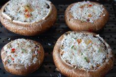 Saras madunivers: Fyldte Portobellosvampe - en gudespise! Baked Potato, Camembert Cheese, Tapas, Side Dishes, Muffin, Keto, Baking, Breakfast, Ethnic Recipes
