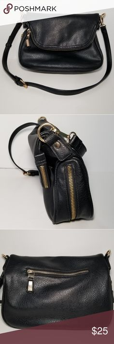 Moda Luxe Black Crossbody 10