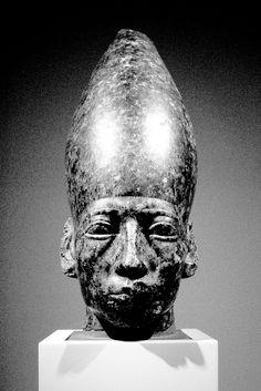 Late in his Service.Sen-Usret means, Son of the Neter (goddess) Usret. African Origins, African History, African Art, Ancient Egyptian Art, Ancient Aliens, Ancient History, Black History Facts, Art History, Kemet Egypt