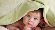 Bebé con toalla