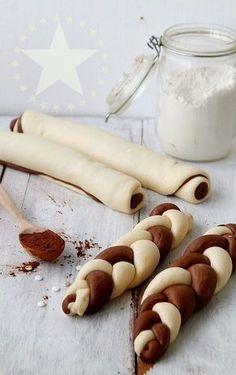 braided chocolate and vanilla loaves. Sweet Recipes, Cake Recipes, Bread Art, Braided Bread, Hungarian Recipes, Bread And Pastries, Beignets, Sweet Bread, Gastronomia