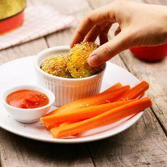 Vegane und glutenfreie Hirsebällchen mit feurigem Tomaen Dip