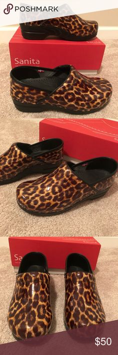 Sanita smart step pro Adele Clogs Gold leopard with black platform bottom.  Size 39 which is 9 in US size. Worn only twice. In excellent condition. Comes with the box. Sanita Shoes Mules & Clogs