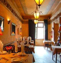 Restauracja Vinci oferuje wiele wybitnych dań kuchni włoskiej  w przystępnych cenach, a także duży wybór win.