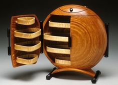 All about woodworking! Easy woodworking projects, furniture making tools, general woodworking tools, professional woodworker and more. Art Deco Furniture, Funky Furniture, Unique Furniture, Vintage Furniture, Furniture Design, House Furniture, Plywood Furniture, Furniture Making, Chair Design
