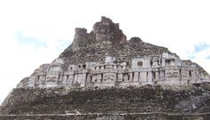 Castillo de Xunantunich, Belice.