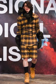Shaun Samson - Fall 2015 Menswear - Look 1 of 17
