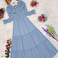 Parça Kumaş Kobe Krep Elbise: Bedenler: Uzunluk: 143 c… Modest Dresses, Simple Dresses, Abaya Fashion, Fashion Dresses, Moslem Fashion, Hijab Style Dress, Muslim Women Fashion, Modele Hijab, Abaya Designs
