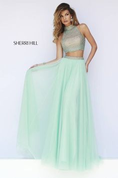 This elegant two-piece dress will certainly turn heads at prom this year!