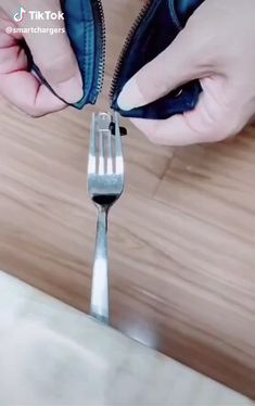 Diy Clothes Life Hacks, Diy Clothes And Shoes, Clothing Hacks, Sewing Basics, Sewing Hacks, Sewing Tutorials, Couture Sewing Techniques, Diy Fashion Hacks, Everyday Hacks