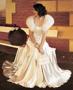 Old Hollywood Glam Dress! Hollywood Glam Dress, Hollywood Glamour Wedding, Hollywood Stars, Glamorous Wedding, Hollywood Theme, Hollywood Fashion, Vintage Hollywood, Hollywood Actresses, Style Année 20