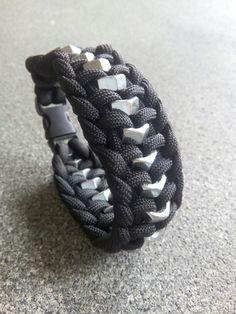 Bracelet Ecrou - Paracord 550 - Black