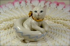 Beautiful Vintage White Porcelain Cat in Inflatable Ring Figurine by Lenox