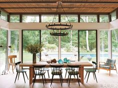 Prominent DJ Victor Calderone and his wife Athena envisioned the ideal summer getaway when they discovered a neglected ranch house in Amagansett, New York. Click through for more summer house design ideas. Dining Room Inspiration, Home Decor Inspiration, Home Design, Interior Design, Design Ideas, Key Design, Interior Ideas, Design Projects, Rustic Farmhouse Table