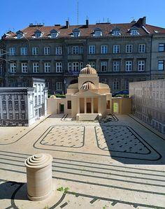 Plik:Wielka Nieobecna Replika Wielkiej Synagogi na Tłomackiem 2013.JPG